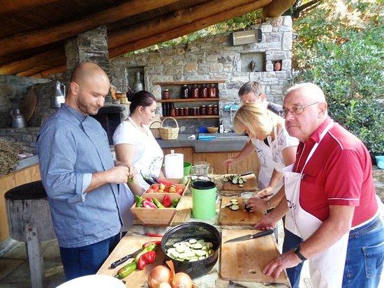 Cooking Class on Karaiskos Farm: Start cooking!