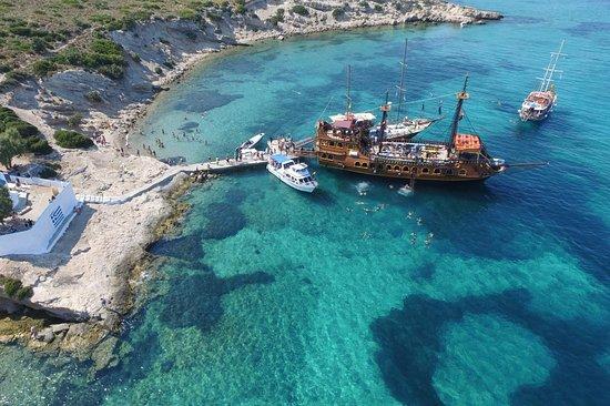 Barco De Pirata Island Cruises
