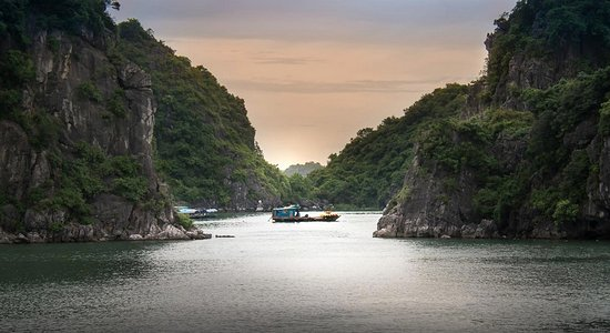 Indochina Junks Adventures