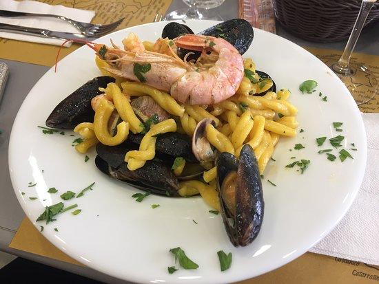 Borgaro Torinese, Italia: I nostri piatti - Strozzapreti allo scoglio