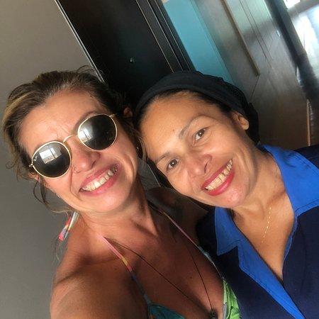 Está é a camareira Adriana e atende o quinto andar do Acqua Suite em Maceió/AL, ela que todos os dias deixava meu dia mais alegre com esses mimos. Obrigada de coração a vc Adriana pela excelente profissional 👏🏼👏🏼👏🏼👏🏼