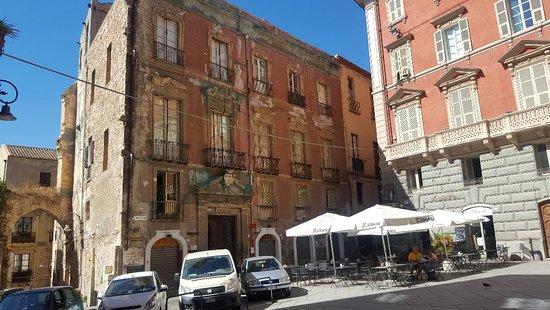 Palazzo di Città (Cagliari): AGGIORNATO 2020 - tutto ...