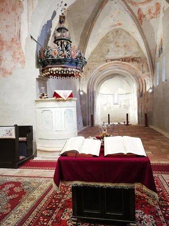 Az első, teljes, magyar nyelvű bibliafordítás Vizsolyban látott napvilágot 1590. július 20-án.Vizsolyi Bibliának is hívjuk, de elterjedt a  Károlyi/Károli Biblia  is.