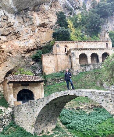 Ermitas y puente romano,