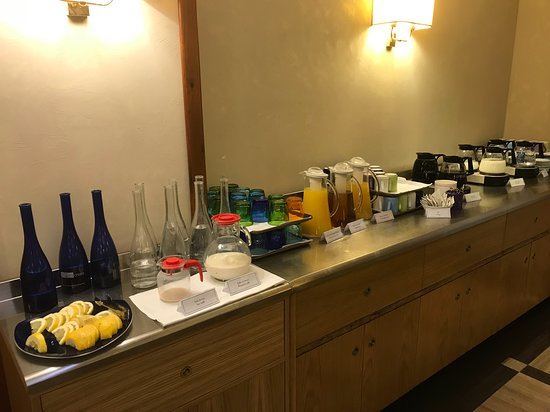 Hot and cold beverage station at the breakfast buffet.