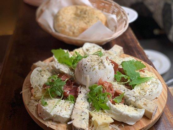 La Burrata Pizzaria