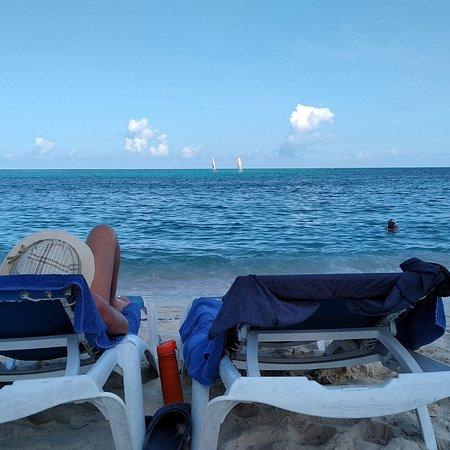 Unas vacaciones increíbles! Quiero destacar este hotel, de lo mejor que he visitado en Cuba, quedé maravillado... La atención recibida fue fantástica, la gastronomía excelente, las instalaciones muy buenas, las habitaciones bien arregladas, limpieza impecable, muy buena animación, Nápoles el maitre, excelente, Leonardo Balduzzi el gerente general una persona excepcional atento, fuimos con mi pareja y pasamos unos días hermosos, voy a repetir seguro! Lo recomiendo 100%. Gracias totales!!!