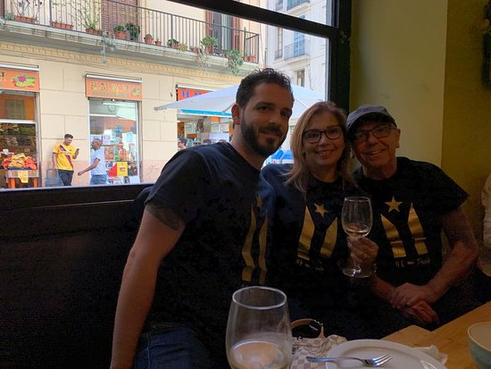 Small-Group Food and Wine Tour in Barcelona with a Sommelier – fotografija