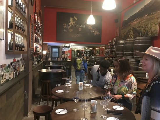 Small-Group Food and Wine Tour in Barcelona with a Sommelier: Our group