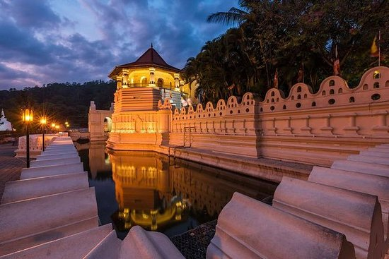 Explore the Charms of Sri Lanka - 6 Days Tour Package