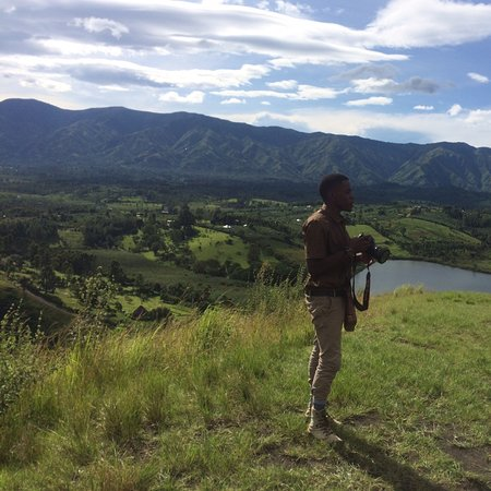 A snippet of what you might experience when you chose to visit Uganda, Fort Portal, Queen Elizabeth NP, Bwindi Impenetrable NP