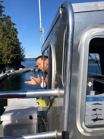 Half-Day Whale Watching Adventure from Telegraph Cove: ready for sail out