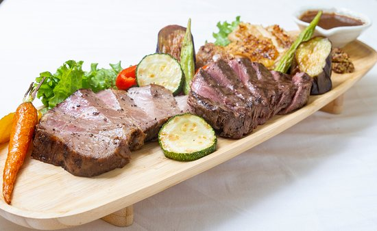 3 kinds meat plate  400,000vnd
