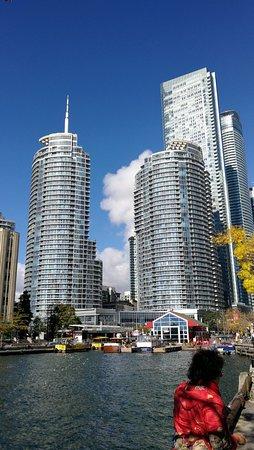 città di Toronto Water hook up