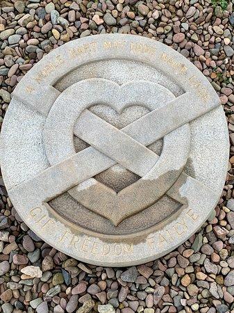 Rosslyn Chapel, Scottish Borders & Glenkinchie Distillery from Edinburgh – snímka