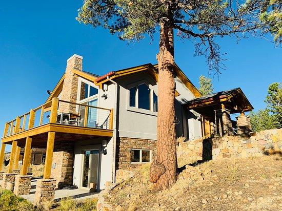 Hartsel, CO: Buffalo Peaks Retreat Vacation Rental