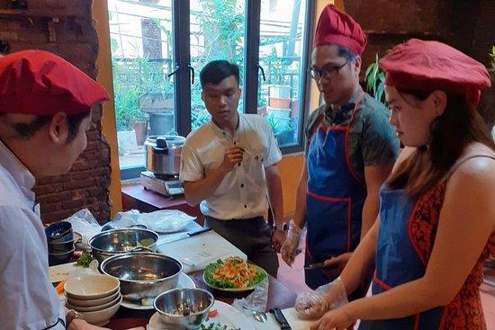 Madam Tran Cooking Class