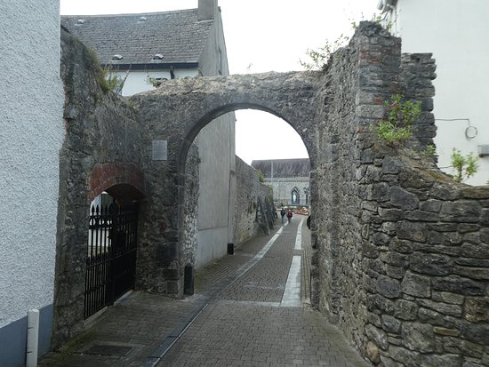 Black Freren Gate