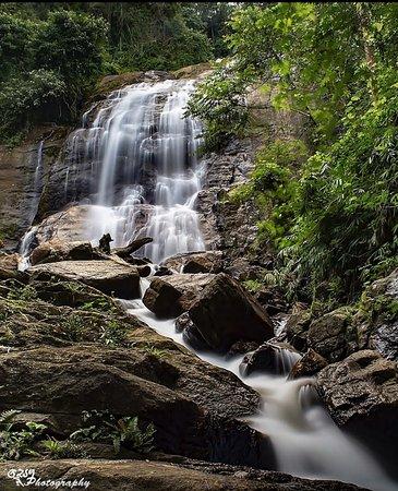 Eheliyagoda, Шри-Ланка: third part is 15m tall.  2 h 23 min (67.1 km) via Colombo - Batticaloa Hwy/Colombo - Ratnapura - Wellawaya - Batticaloa Rd/A4