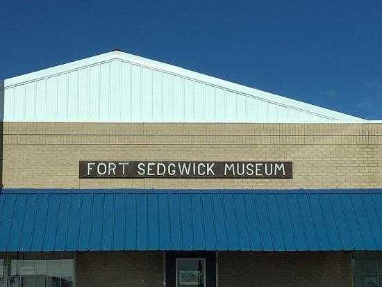 Julesburg, CO: Fort Sedgwick Museum