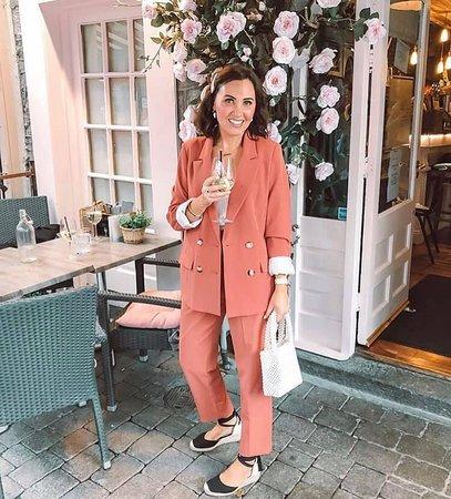 Galway fashion blogger @irenesteelestyle at Restaurant Gemelles