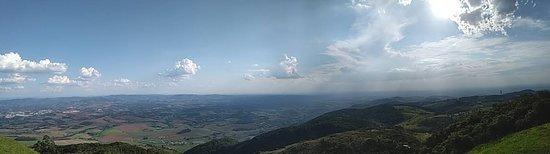Panorâmica do Pico do Gavião