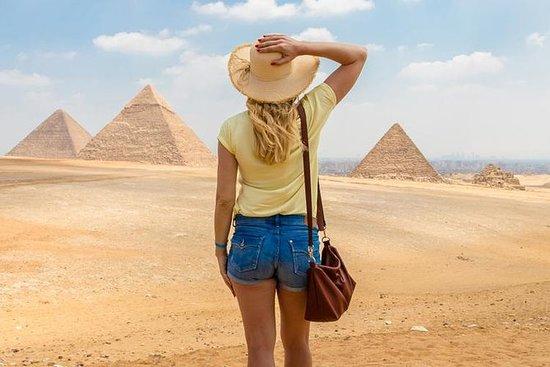 ラクダ乗り体験付き、ギザの大ピラミッドへの半日プライベートツアー