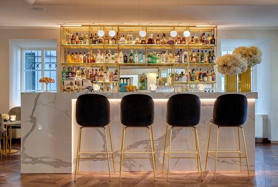 Astorija Bar