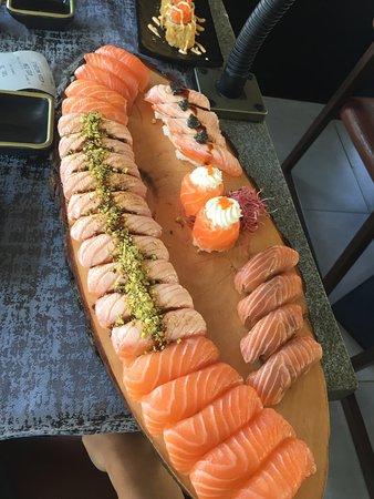 Sushi di qualità e ABBONDANTE!