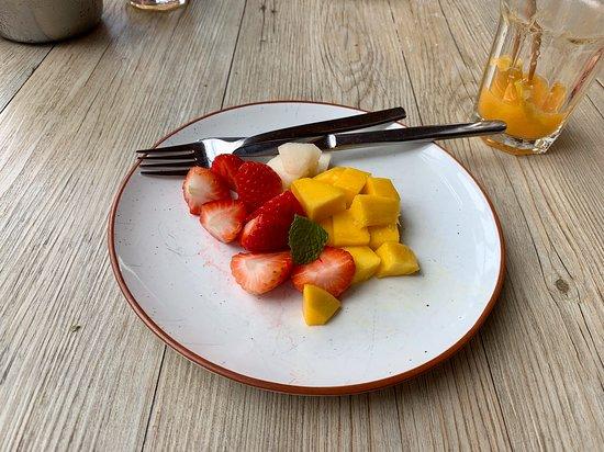 Pizzeria Casavostra: Salada de frutas.