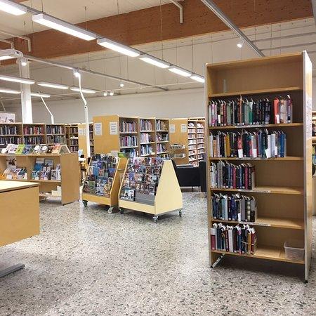 Kirkkonummi Main Library