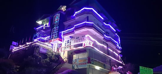 Nohradhar, Индия: Diwali celebration hotel chureshwar resort
