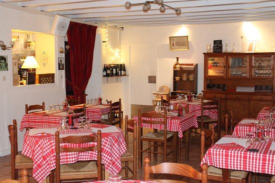 Gourge, France: Notre salle de restaurant