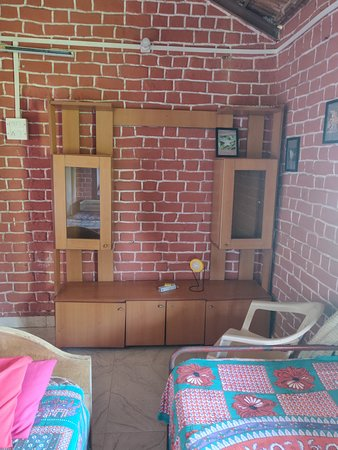 Wada, Индия: Rooms inside