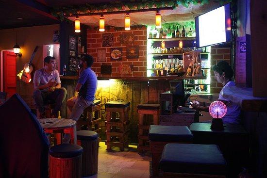 MangoRock Bar
