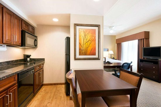 Homewood Suites by Hilton Minneapolis