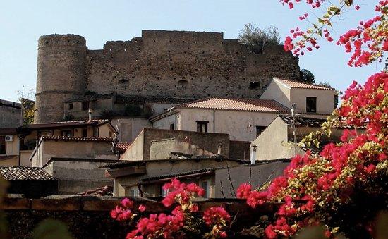Castello Pellicano
