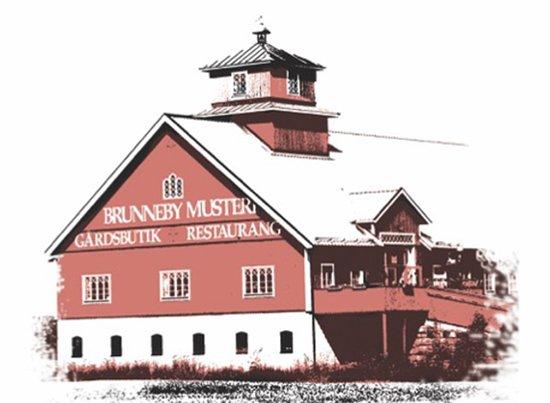 Borensberg, Suecia: Brunneby Musteri & Restaurang Bettina in the same building