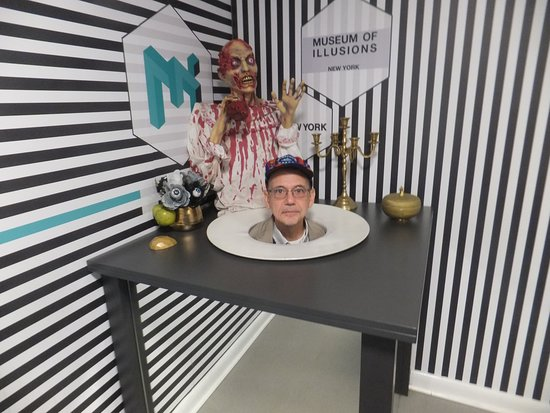Museum Of Illusions The Zombie S Dinner Picture Of Museum Of Illusions New York City Tripadvisor