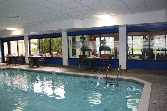 Hampton Inn Elizabethtown: Pool