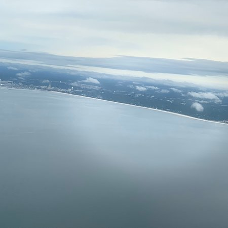Mississippi Gulf Coast, Миссисипи: View of the Mississippi Coast from the plane as we fly in to GPT