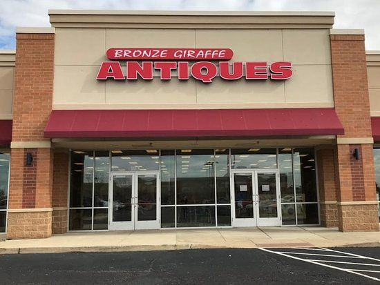 NEW LOCATION BRONZE GIRAFFE ANTIQUE MALL 1720 BRADFORD LANE NORTH NORMAL ILLINOIS  Take US-51- exit (#165A) toward Bloomington-Normal Stay straight go onto US-51 BR/N Main St. Turn left at first light (Raab rd) then go into Schnucks Grocery plaza