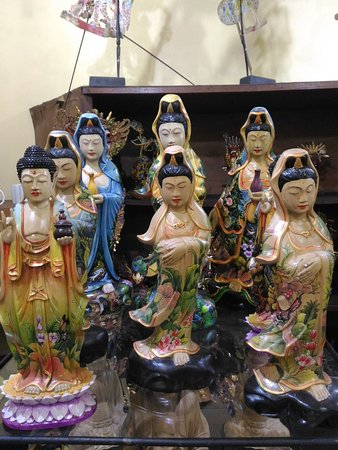 Hand painted budha and Kwan Im are made of crocodile wood with hand painting. These sulptures are our new collection, high quality product with fair price. These sculptures were made by talented local artist. Welcome to Ubud, welcome to Wayan's Shop.