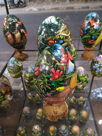 Beside selling hand painted budha egg, we are also selling hand painted wooden egg at our shop. We are having 3 stock only right now. Would you like to buy one?, so please come and Visit our shop, Wayan's Shop.