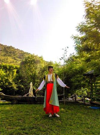 Pricelje, Черногория: Upoznajte kulturu središnjeg dijela Crne Gore!Posjetite nas i uzivajte u prijatnom ambijentu,vrhunskoj hrani i dobroj usluzi!