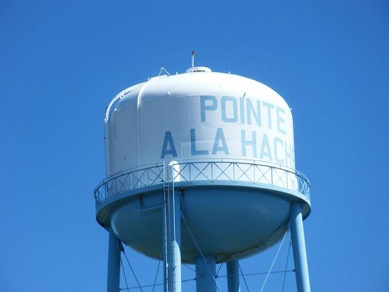 Pointe A La Hache