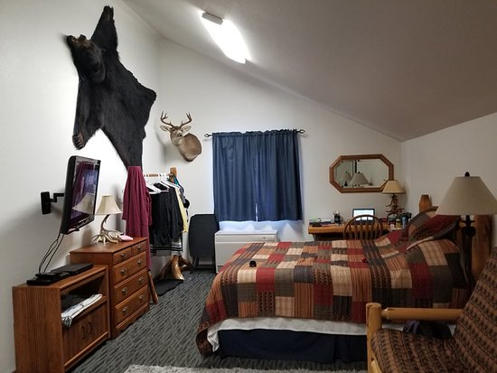 Klawock, AK: the living room/4th bed
