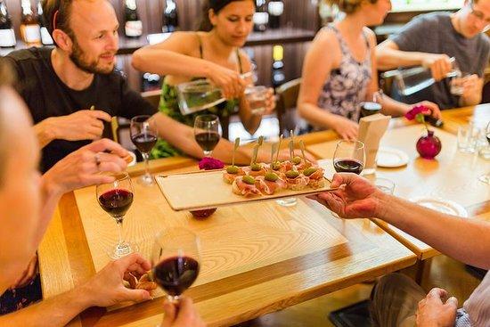 Eten en wijnwandeling door Ljubljana