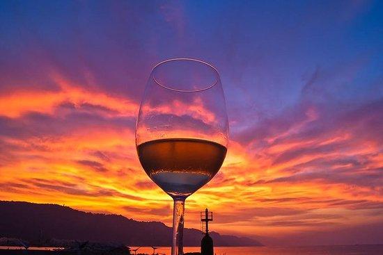 Excursão privada ao vinho de Santorini...