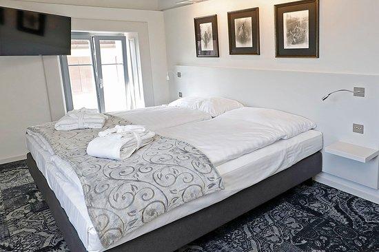 Hotel Fleur De Lis Prices Guest House Reviews Le Locle